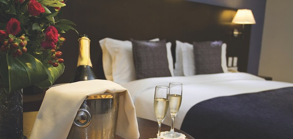 Champagne Staycation  Peninsula Excelsior Hotel Singapore
